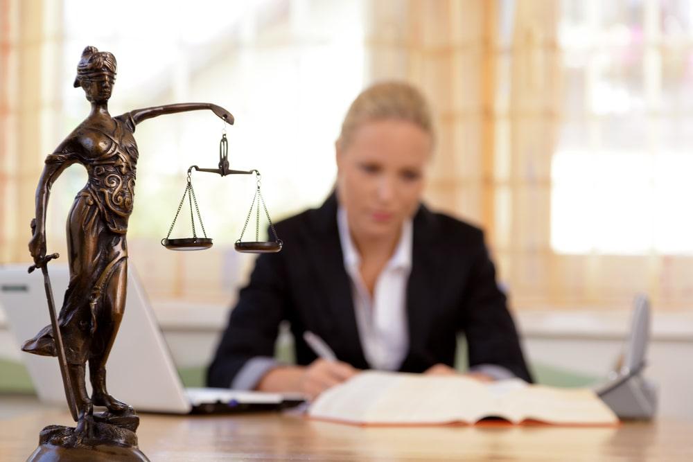 עורך דין לענייני עבודה - ביז בוטיק